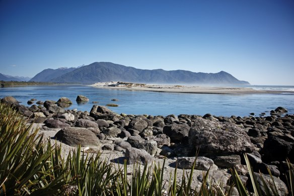 Hike through New Zealand's diverse nature