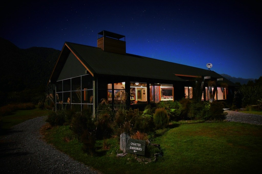 Enjoy a night at the cozy Martins Bay Lodge